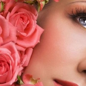 c99c661c3b7 Eksklusiivne protseduur näole ja kaelale roosilehtedega ilusalongis Pomelo.  Naha intensiivne taastamine ja niisutamine!